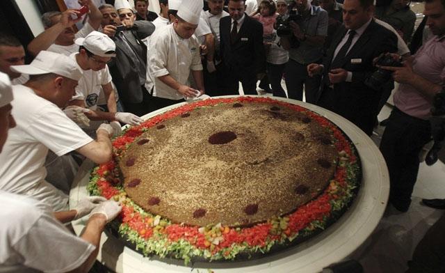 113003-1_largest_falafel_amman_jordan